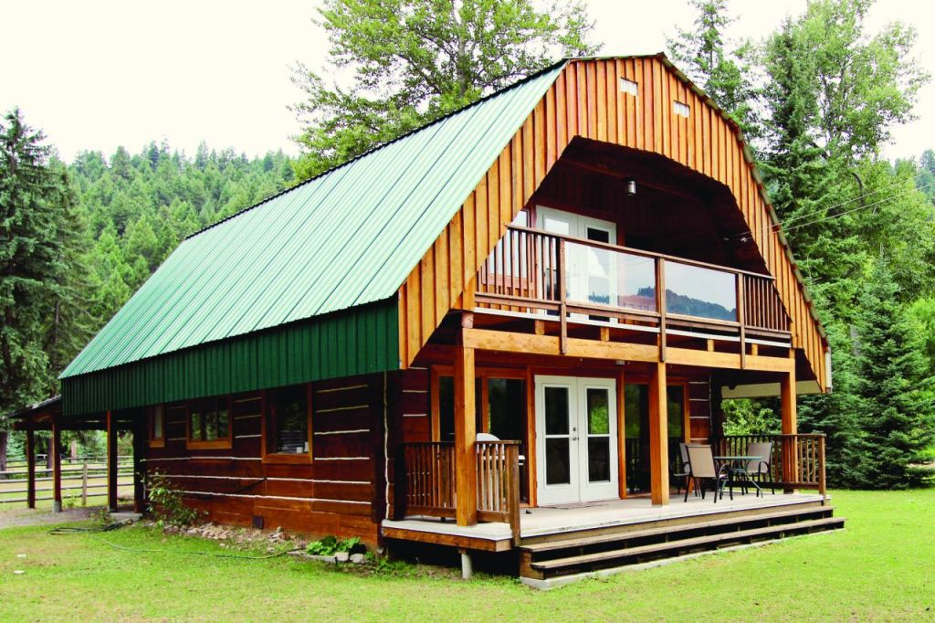 Log House - 3010 Christian Valley Rd, Westbridge - Exterior