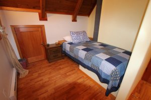 Log House - 3010 Christian Valley Rd, Westbridge - Second Bed in 2nd Bedroom